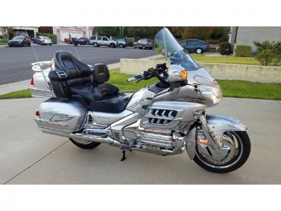 2005 honda gold wings 1800 abs