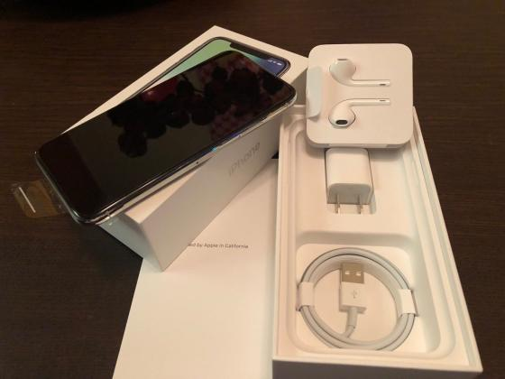 Apple iPhone X 256GB - Space Grey Unlocked Sealed Box IN STOCK Available NOW