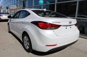 Hyundai Elantra SE 2016 Model full options
