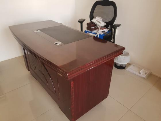 0558601999 USED OFFICE FURNITURE BUYER AND HOUSE FURNITURE BUYER IN DUBAI UAE