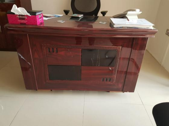 0558601999 WE BUY USED FURNITURE AND HOME APPLIANCES IN DUBAI UAE