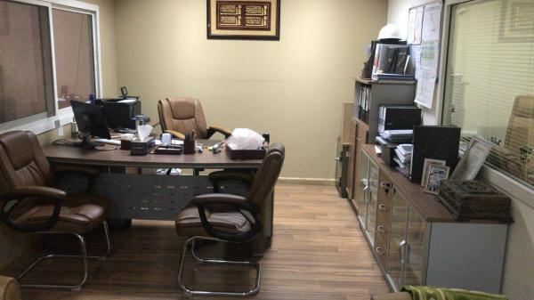 0558601999 WE BUY USED OFFICE FURNITURE AND HOUSE FURNITURE IN UAE