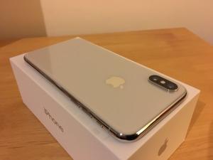 Apple iPhone X SIM FREE / UNLOCKED