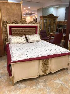 WE ARE BUYER USED FURNITURE 0554897400
