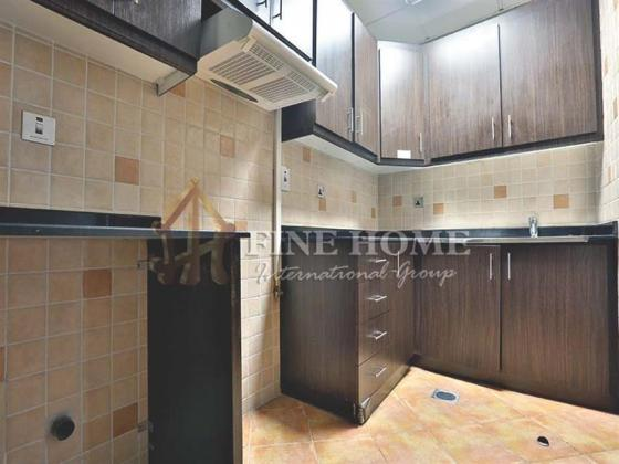 2BR+M, SEA view Apartment in Hydra Avenue Tower