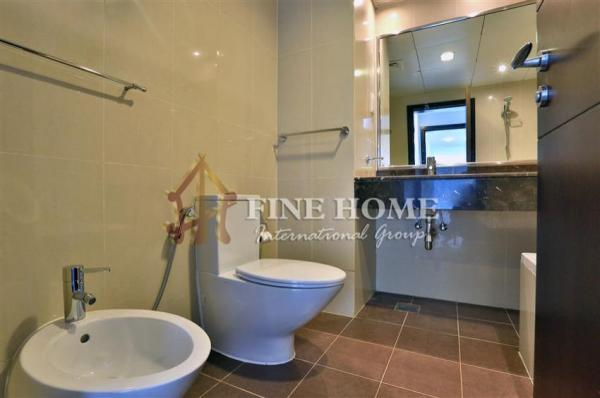 Amazing 2BR. Apartment in High Floor with SEA View