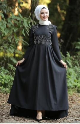 WOMEN'S BLACK MODEST TAIL LONG EVENING DRESS