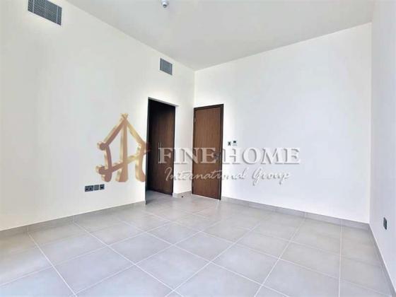 Amazing Single Row 4BR Villa in prime location.