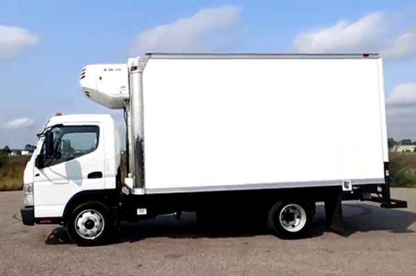 Dubai Chiller Trucks – Best Refrigerated Truck and Chiller Vans Service Provider